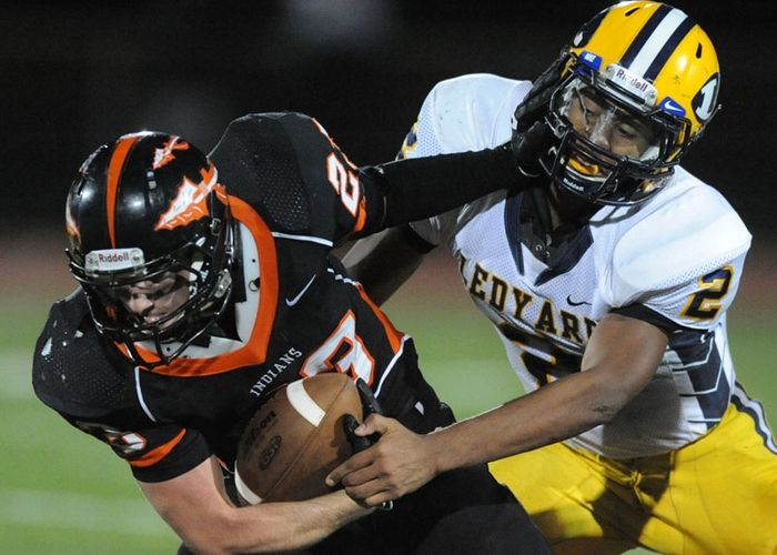 Ledyard beats Montville 26-21, Photo 1 of 5