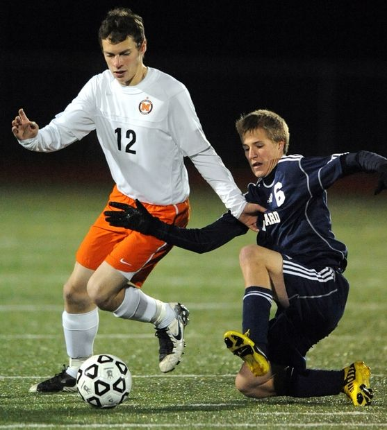 Montville advances to Class M semifinal, Photo 3 of 5