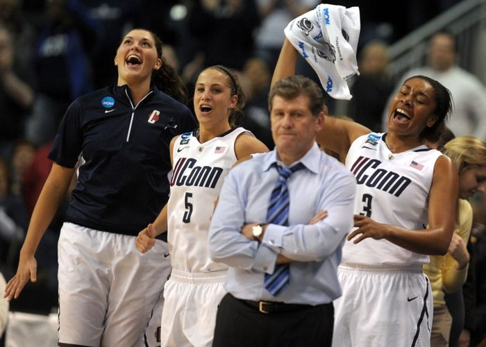 UConn women advance to Final Four, Photo 1 of 11