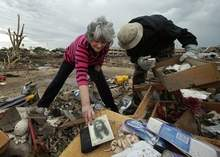 Oklahoma residents assess tornado damage