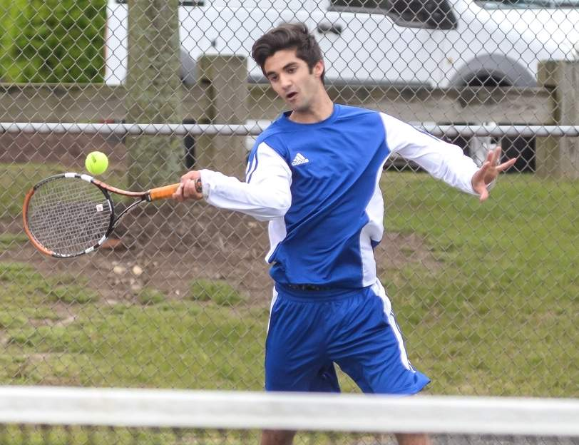 Senior captain Danny Capuano went 18-1 in the regular season for Old Saybrook to help the team repeat as co-champions of the Shoreline Conference.  Photo by Kelley Fryer/Harbor News
