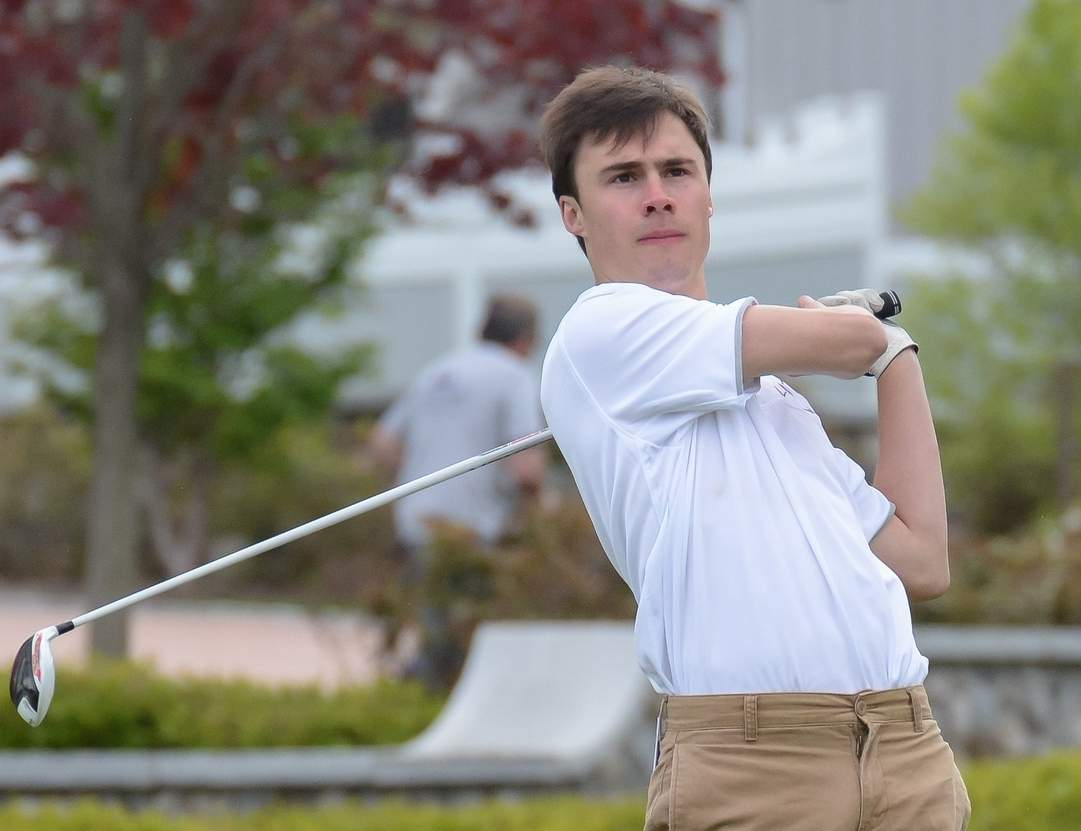 Junior Liam Deane collected medalist honors by shooting a 37 when the Branford golf team beat Foran to begin the 2017 spring season. Photo by Kelley Fryer/The Sound