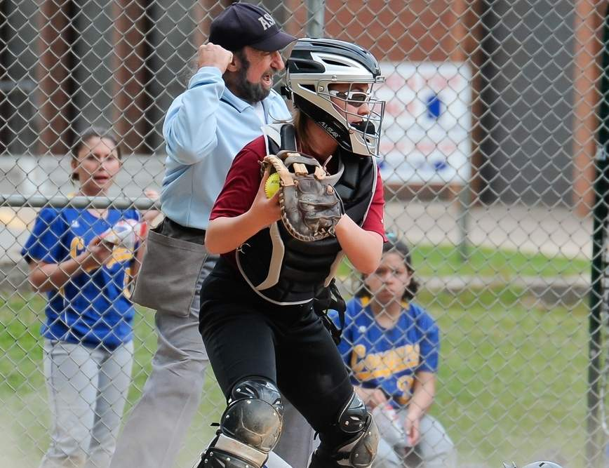 Rylee DaRe and the Valley softball team qualified for states by claiming three victories last week, including a 2-1, walk-off win over Coginchaug on a seventh inning single from Addy Bullis, who also tossed a one-hitter. Photo by Kelley Fryer/The Courier