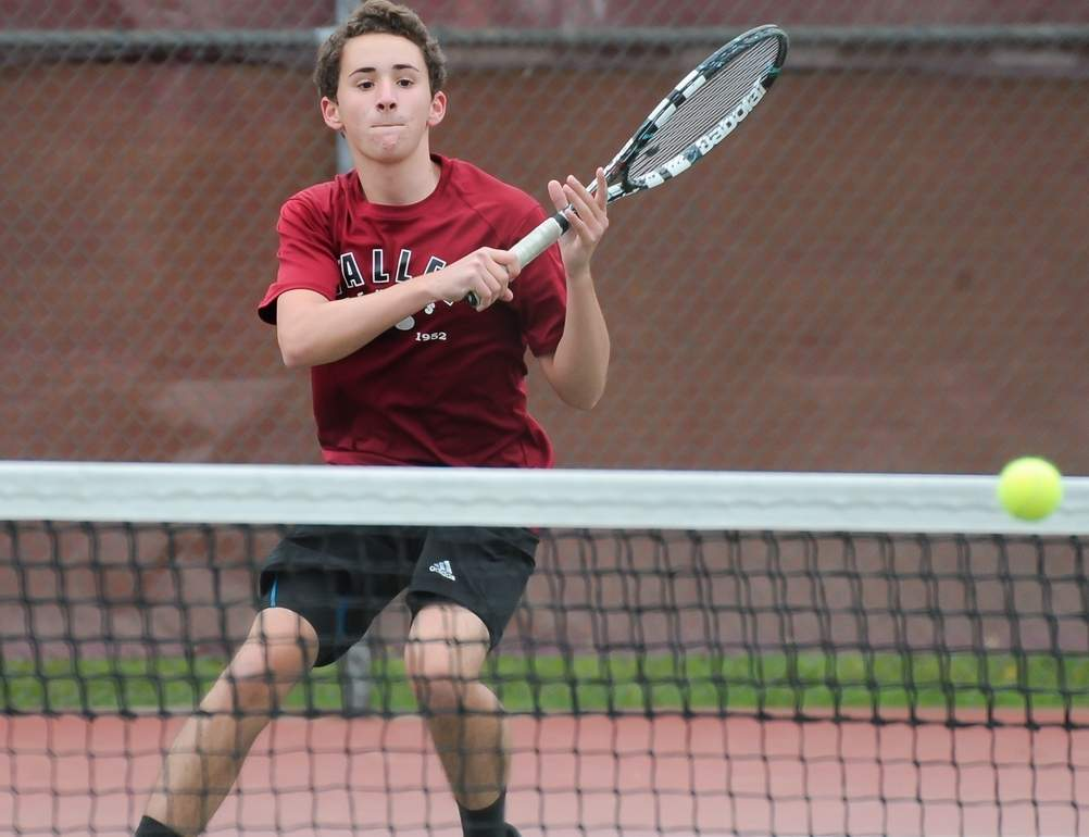 Jeff Riggio won four of his five matches last week as the Warriors closed the regular season with three wins and a 13-7 record. Visit Zip06.com to see more photos of last week's match against Old Saybrook.  Photo by Kelley Fryer/The Courier