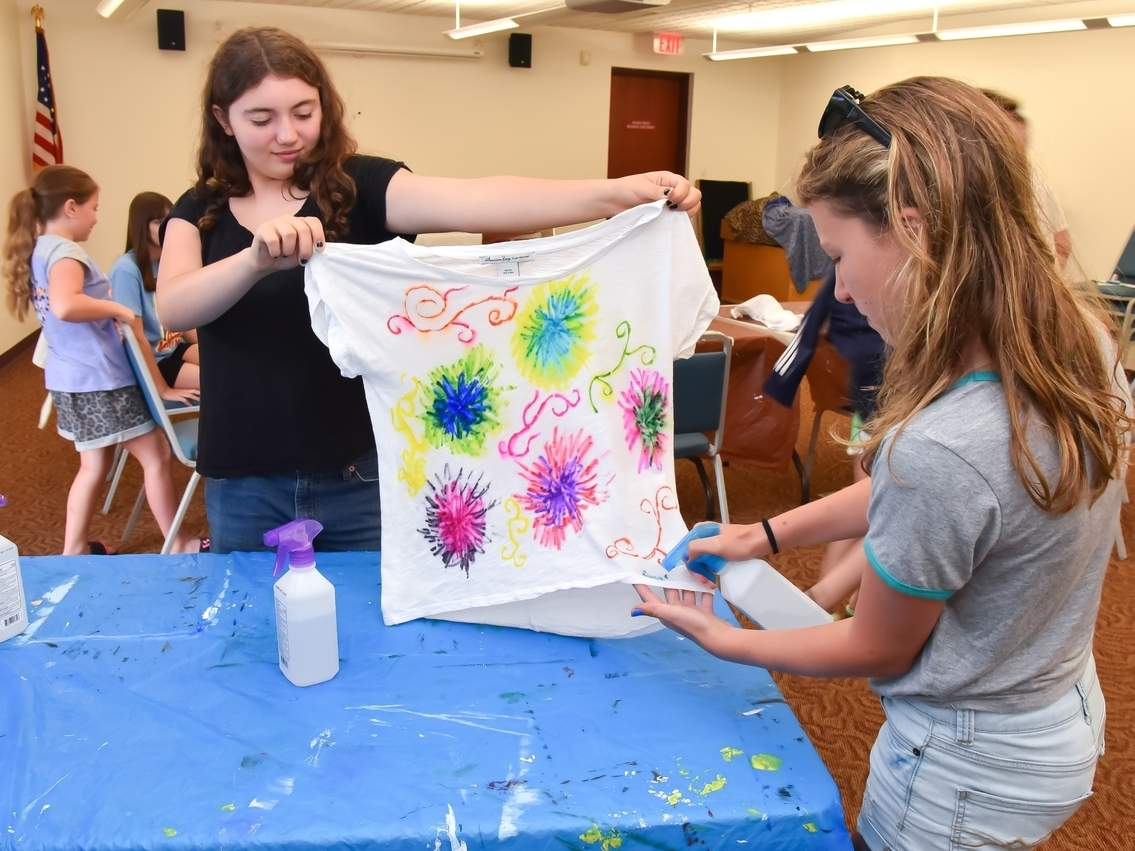 Library's Creativity Club Holds Sharpie Tie-Dye Event