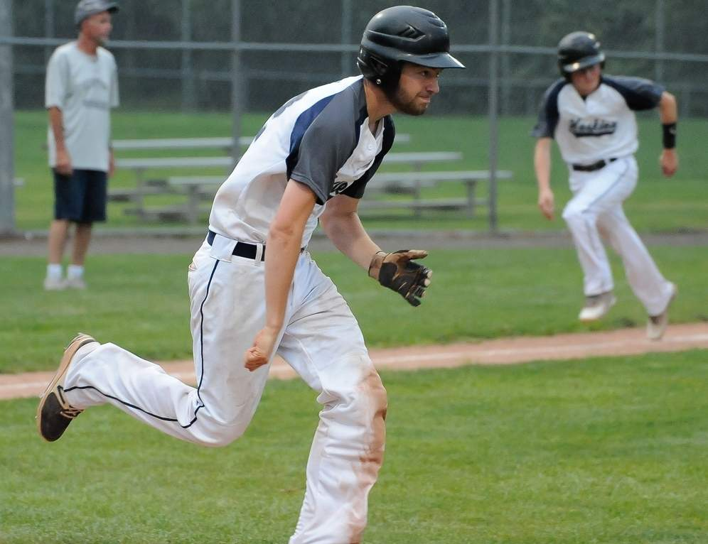 Andrew Fritz and the Clinton Huskies split a pair of doubleheaders against the Connecticut Edge to finish the regular season with a record of 13-5-2. Photo by Kelley Fryer/Harbor News