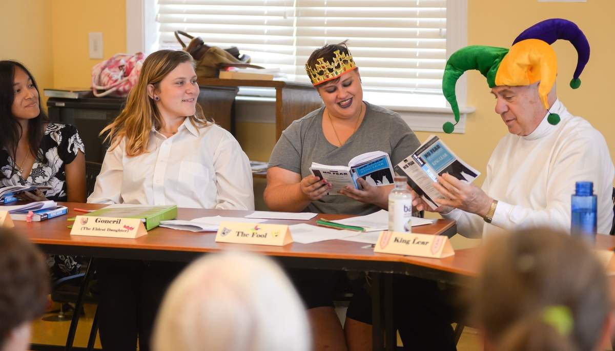 Hagaman  Memorial Library held a storytelling experience with a live reading of King Lear. A group of volunteers from the Teen Advirosry group joined by Howard