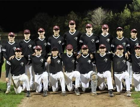 The North Haven Maroon fall baseball team had a great season that saw the squad go all the way to the final of its playoff tournament. Pictured from the team are (back row) assistant coach Coach Pete Katynski, Leo Konopka, Chris Ciarlegio, Luca Lawrence, Nate Zalegowski, Dave Christoforo, Andrew Laudano, Kevin Lucey, Christian Somma, Mike Salzano, and Head Coach Tim Binkoski; (front row) Jake Bencivengo, Hunter Garthwait, Gianni DeMartino, Nick Perillie, Jason Ostrowski, Zack Pincince, Danny Cannavaciolo, and Peyton Farina. Photo courtesy of Katie Lucey