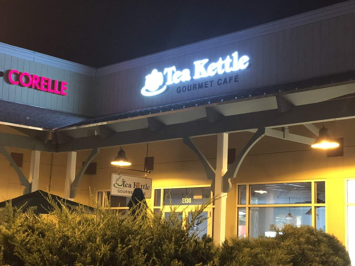 Tea Kettle Gourmet Café. Photo courtesy of David Ciastko