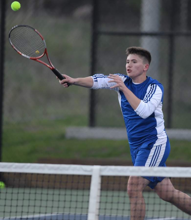 Enes Cecunjanin and the Old Saybrook boys' tennis team are 3-1 to begin the year following a busy first week on the courts. Photo by Kelley Fryer/Harbor News