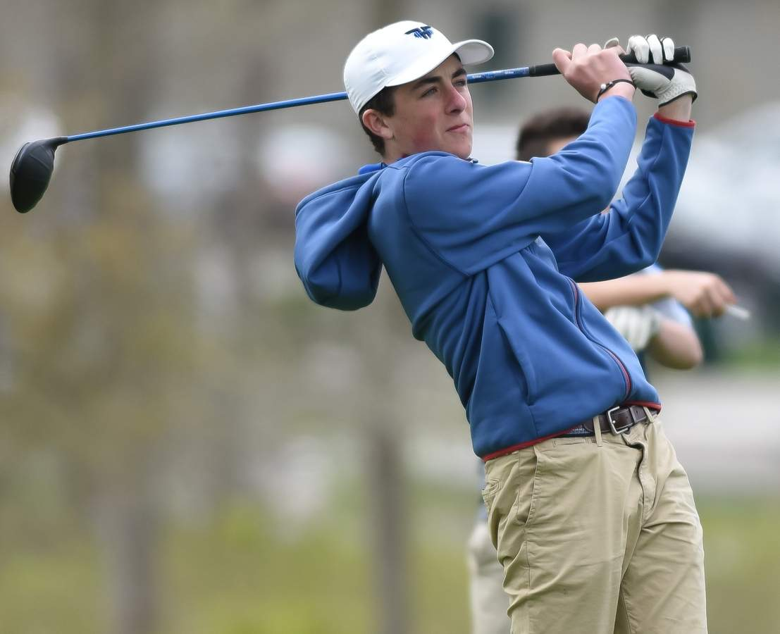 Junior captain Jack Walsh and the Old Saybrook golf team came in third place in the Shoreline Conference after going 11-5 this spring. Walsh earned All-State and All-Shoreline Conference First Team accolades, along with 10 medalist honors on the campaign. File photo by Kelley Fryer/Harbor News