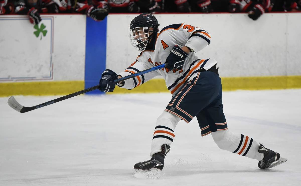 Lyman Hall - H-K Cog lost to Branford 1-2 at the Northford Ice Pavillion. Mike O'Toole (33) Photo by Kelley Fryer/The Source