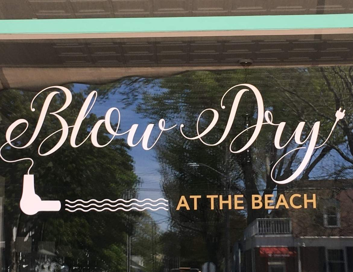 Blow Dry by the Beach in Old Saybrook is one of the local salons and barbershops that had to abruptly change re-opening plans after the state revised its ruling two days before the anticipated re-opening. Photo by Aviva Luria/Harbor News